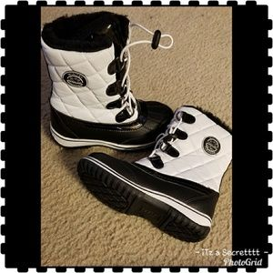 "totes ""Winter/Snow Boots"" White & Black"